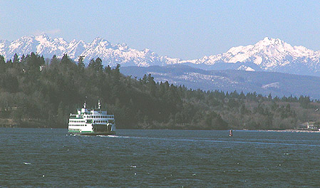 Bremerton Ferry & Olympic Mountains